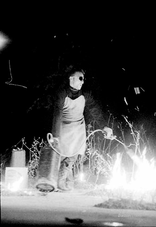 Barbari;1999;humanbeings (16)