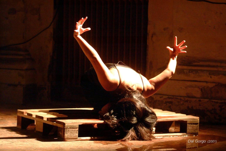 Dal gorgo;2001;humanbeings (8)