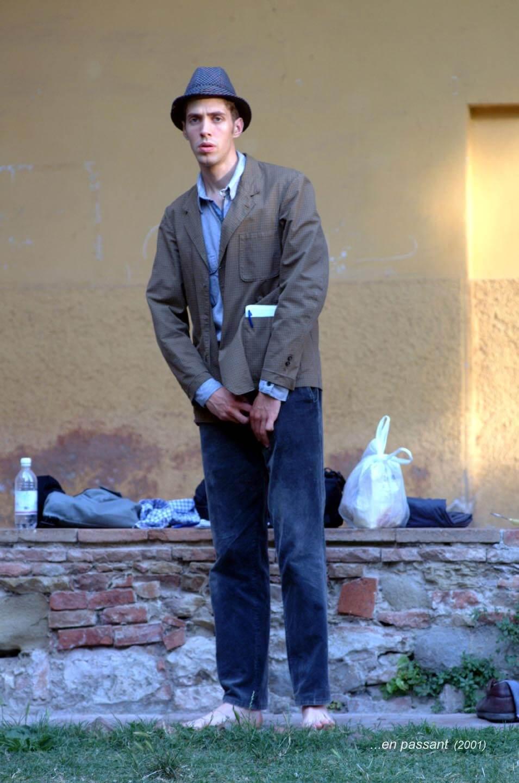 ...En passant;2001;humanbeings (2)