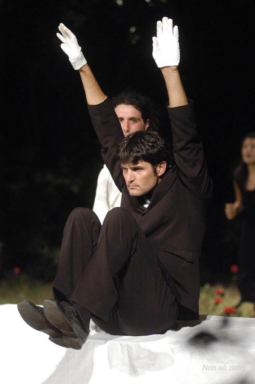 Nonsò;2005;humanbeings (12)