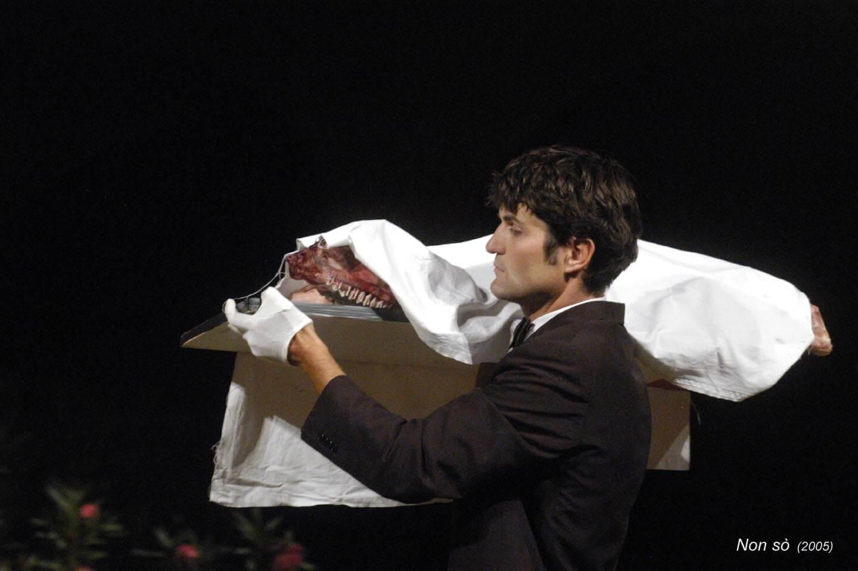 Nonsò;2005;humanbeings (9)